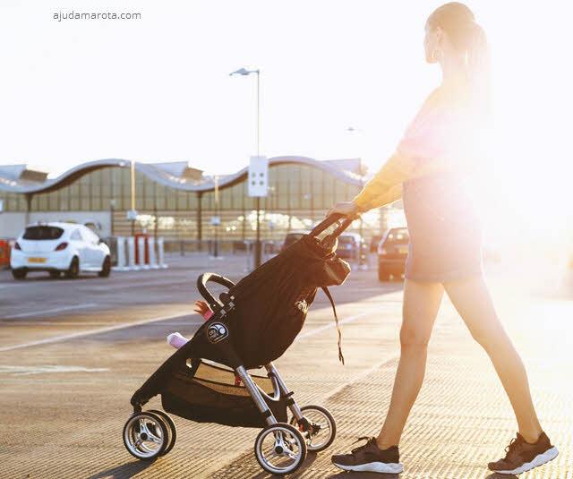 O que levar para sair de casa com um bebê
