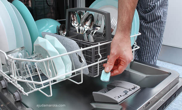 Por que a lava-louça cheira mal, limpeza máquina de lavar louça